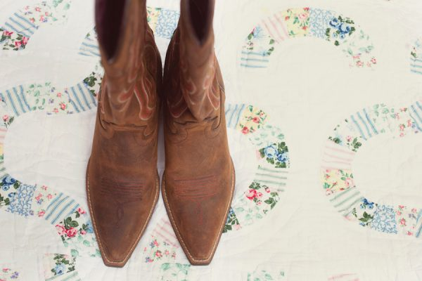 Wedding cowboy boots | The Sweetest Occasion