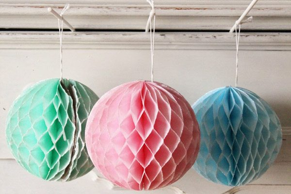 Glittered honeycomb balls