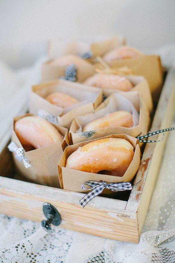Wedding Favor Donut Bags : Donut Favors