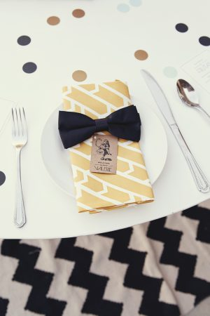 Bow place setting
