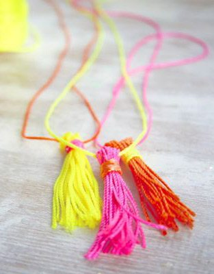 DIY Neon Tassel Necklace + Gift Topper thumbnail