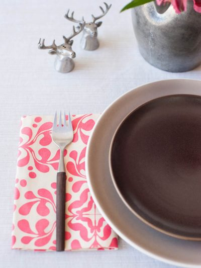 DIY No-Sew Cloth Napkins thumbnail