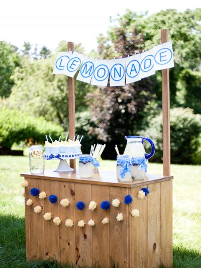 A Summer Lemonade Stand thumbnail