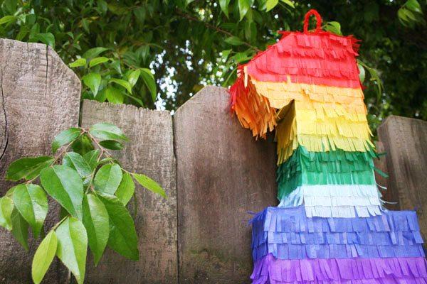 DIY Birthday Party Piñata