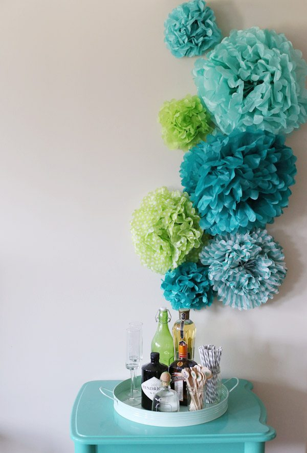 how to make pom poms out of tissue paper