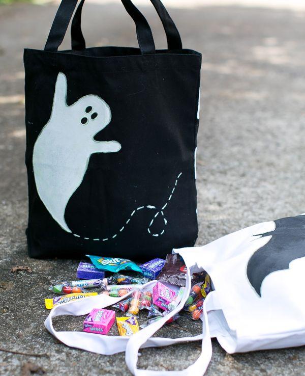 DIY Glow in the Dark Trick or Treat Bags