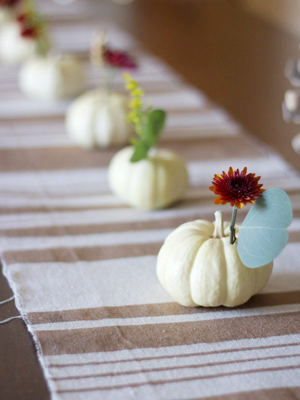 DIY Mini Pumpkin Centerpieces