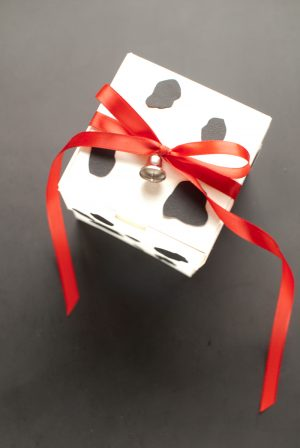 DIY Milk and Cookie Favors | The Sweetest Occasion