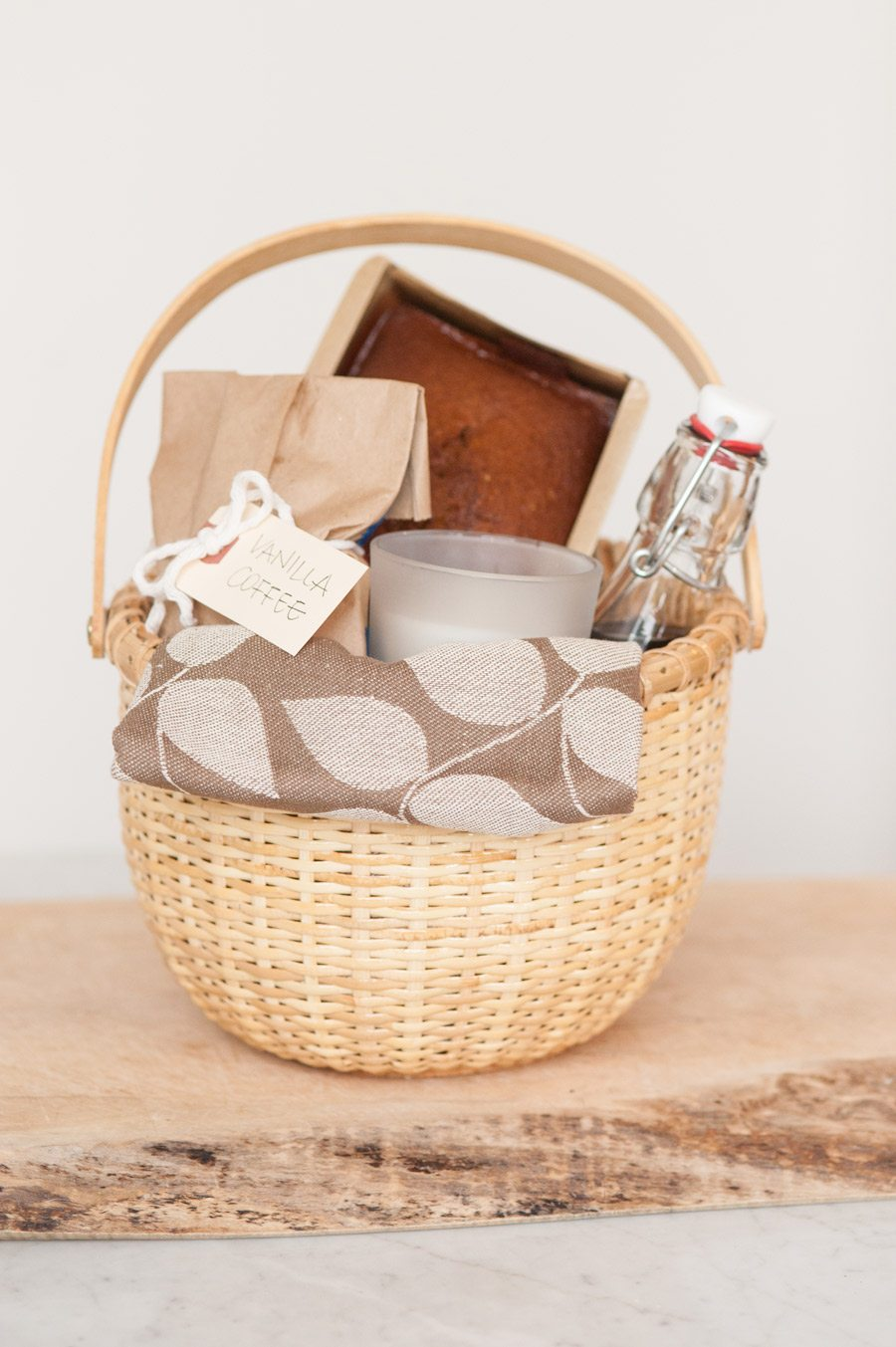 As the largest gift basket operator in the NJ & NY tri-state area, we also offer unique specialty baskets, gift towers, & tins, kosher wine and food baskets, many under the Kosher supervision of the OK, and sugar free baskets.