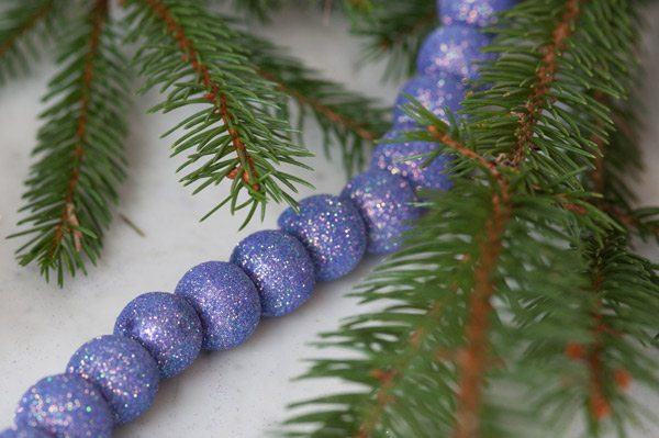 DIY Sugarplum Garland