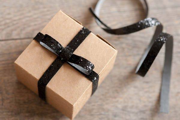 DIY Sparkle Ribbon Gift Wrap