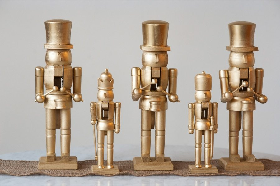Diy Golden Nutcracker Holiday Mantel The Sweetest Occasion