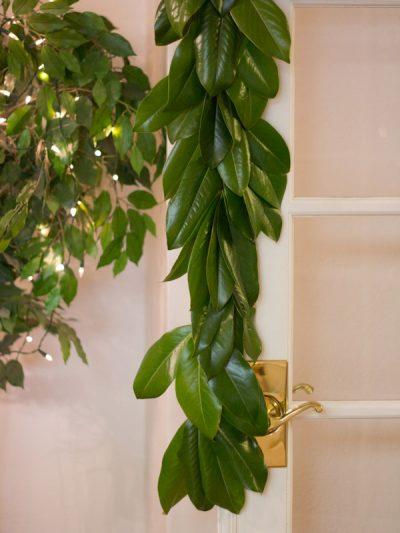 DIY Magnolia Leaf Garland thumbnail