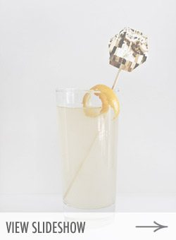 10 Bubbly New Year's Eve Cocktails