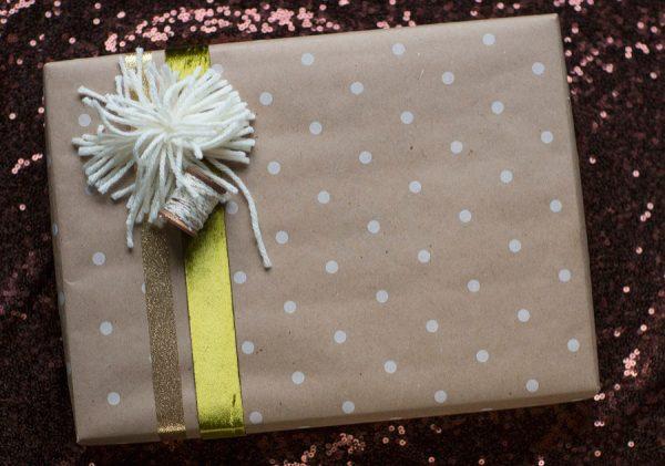 DIY Yarn Pom Pom Gift Wrap