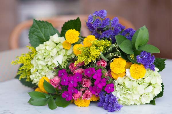 How to Keep Flowers Fresh
