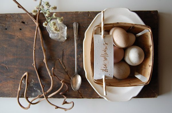 DIY Natural Dyed Easter Eggs