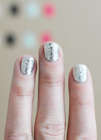 Pretty for Spring: Glitter Nails
