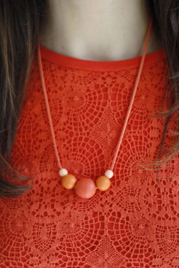 DIY Beaded Necklace | The Sweetest Occasion