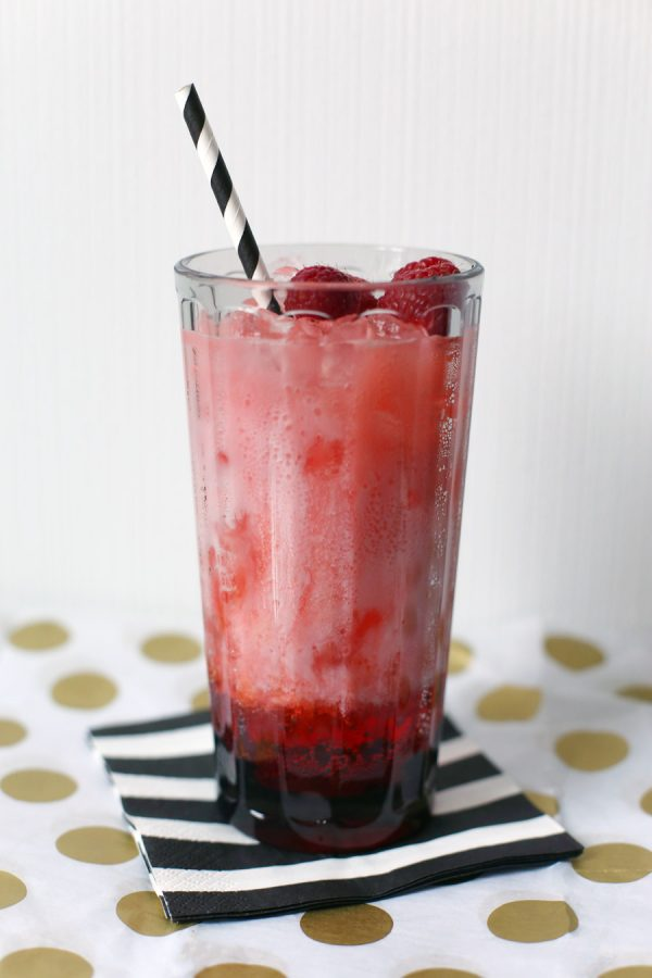 Graduation Party Mocktail | The Sweetest Occasion