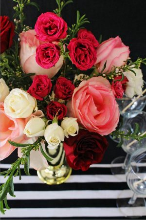 pink-and-red-rose-centerpiece