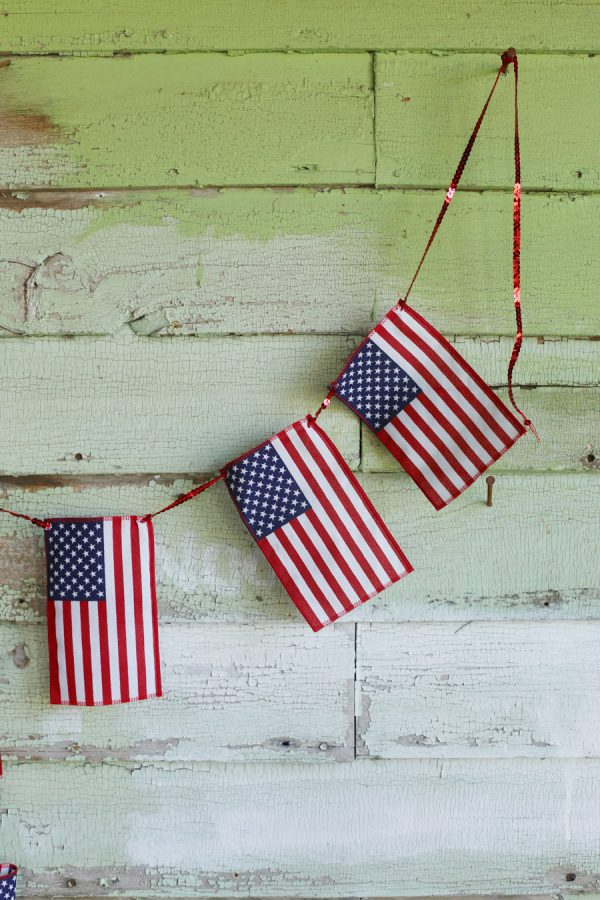 DIY American Flag Bunting