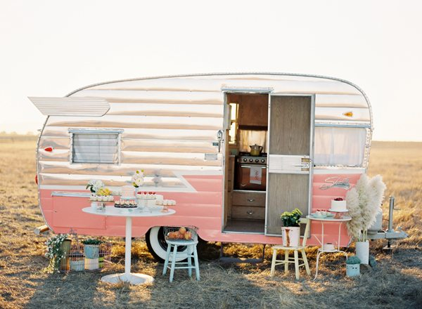 loving food trucks campers the sweetest occasion the. Black Bedroom Furniture Sets. Home Design Ideas