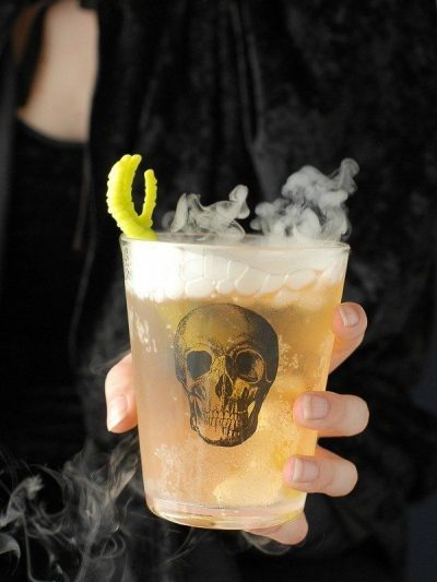Awesomely Spooky Halloween Cocktails thumbnail