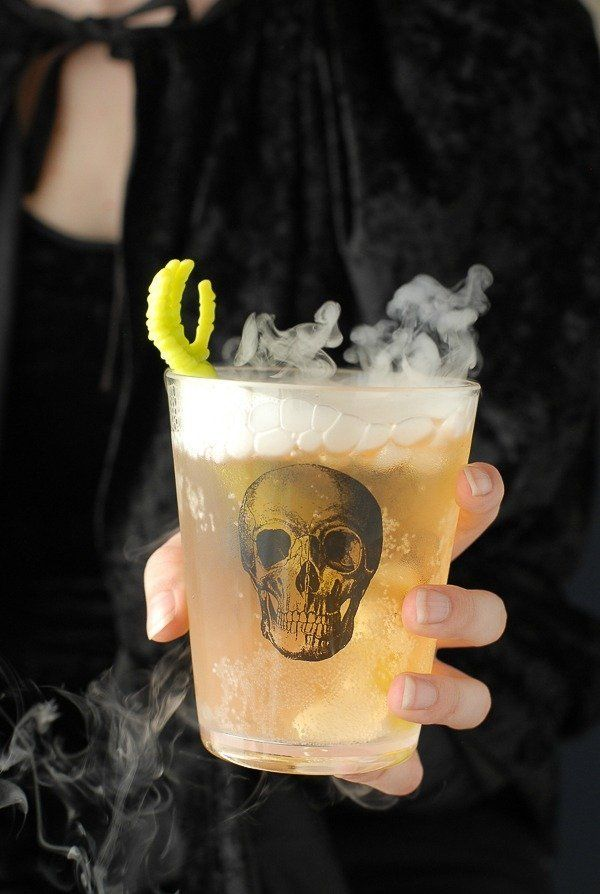 The Grave Digger | Spooky Halloween Cocktails
