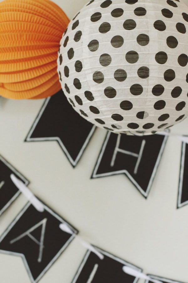 4 Easy Tips for Hosting a Halloween Party from @cydconverse
