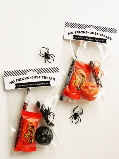 Last Minute Printable Halloween Treat Bags thumbnail