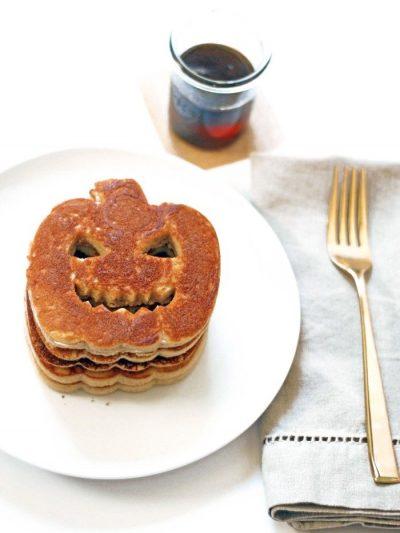 Halloween Pumpkin Pancakes thumbnail
