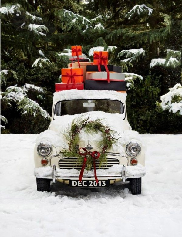 A Christmas Truck via @cydconverse