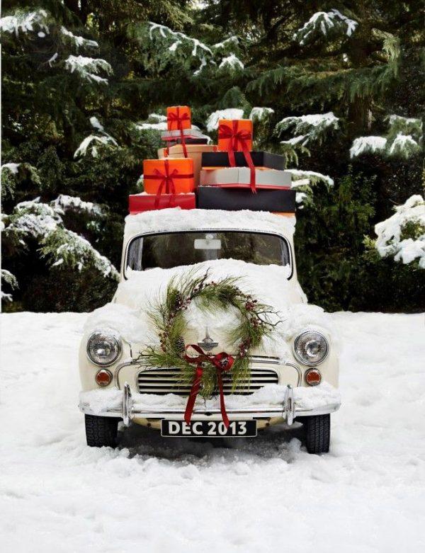 A Christmas Truck via @cydconverse