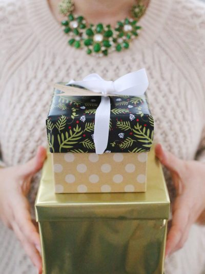 A Festive Last Minute Gift Wrapping Party thumbnail