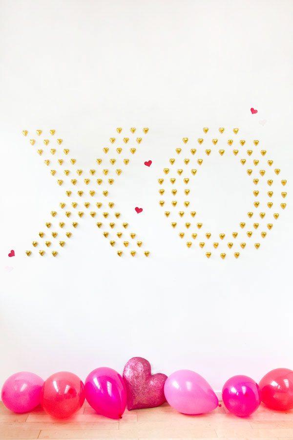 DIY Chocolate Heart Wall from @cydconverse