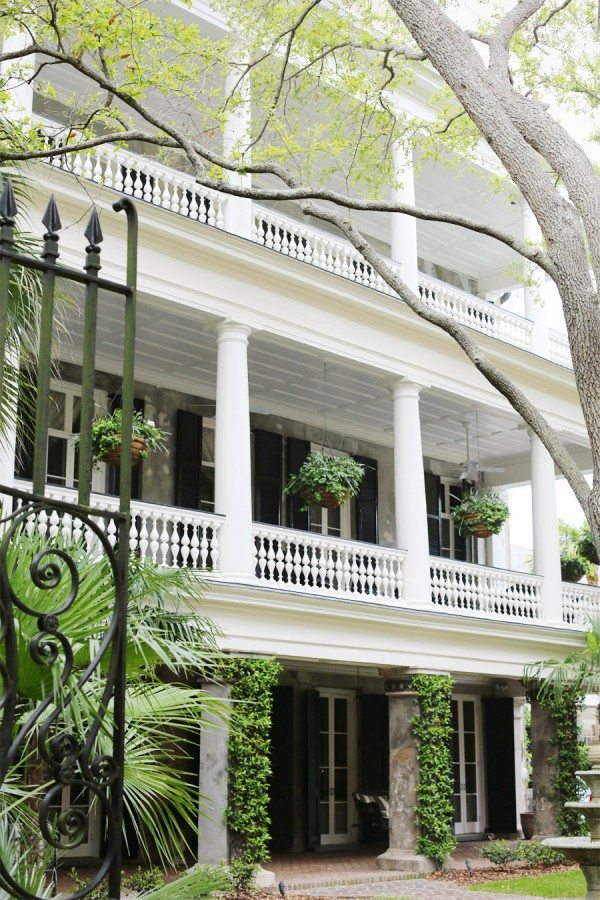 Charleston | Photo by @cydconverse