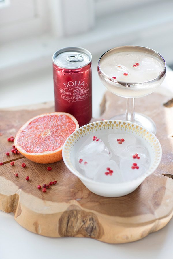 Pink Grapefruit Fizz from @cydconverse