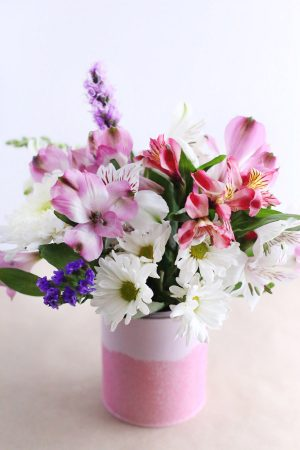 DIY Mini Paint Can Glitter Vases by @cydconverse for @valsparpaint