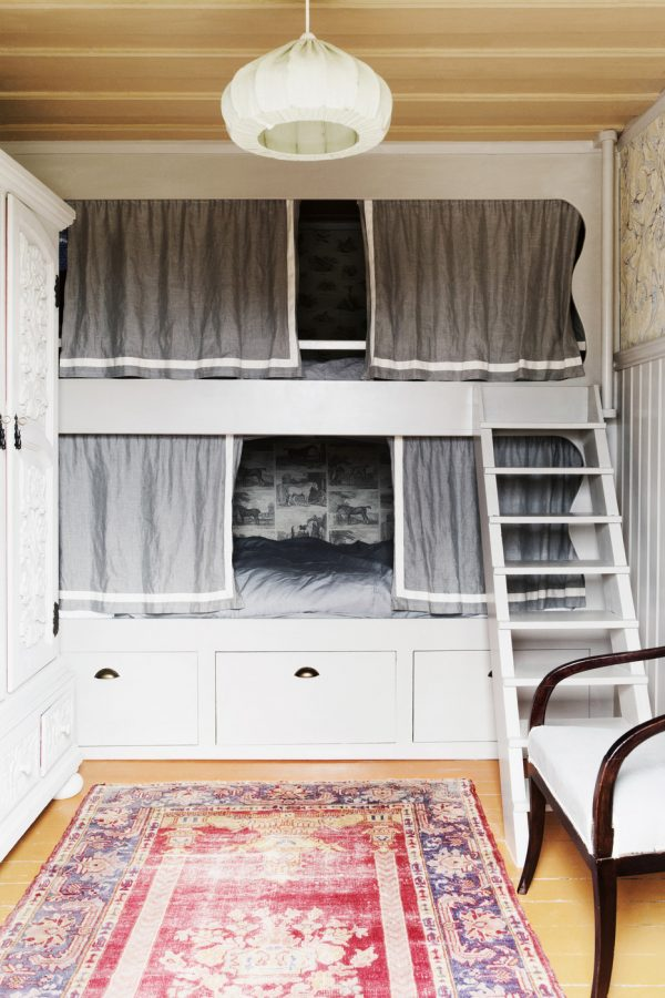 Cozy Built-In Bunk Beds