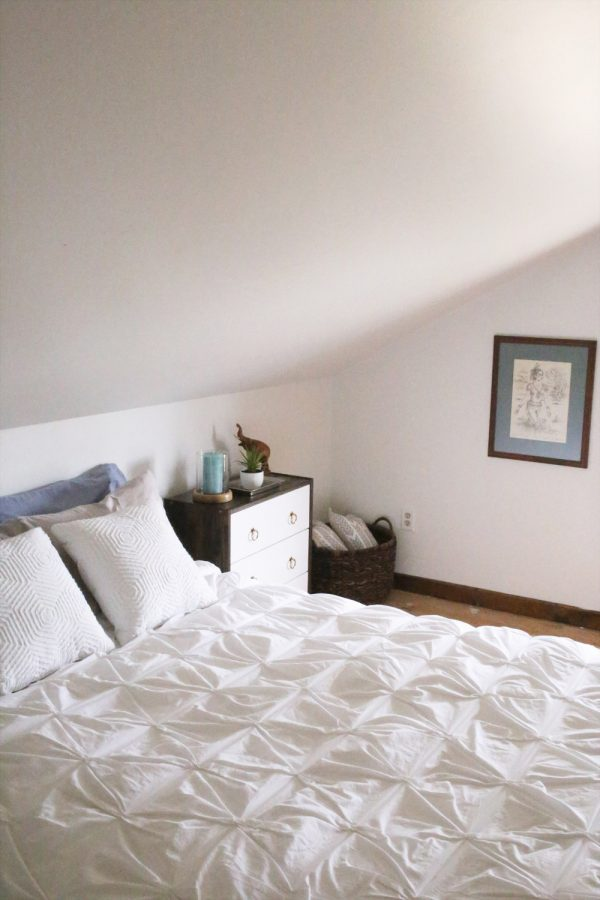 Bedroom Makeover from @cydconverse | Paint by @valsparpaint - Transparent VR106E