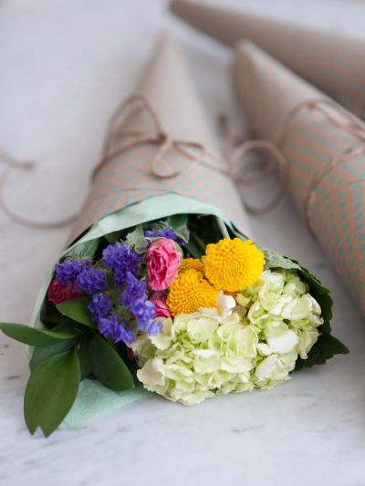 The Best of the Week: DIY Flowers + Link Love thumbnail