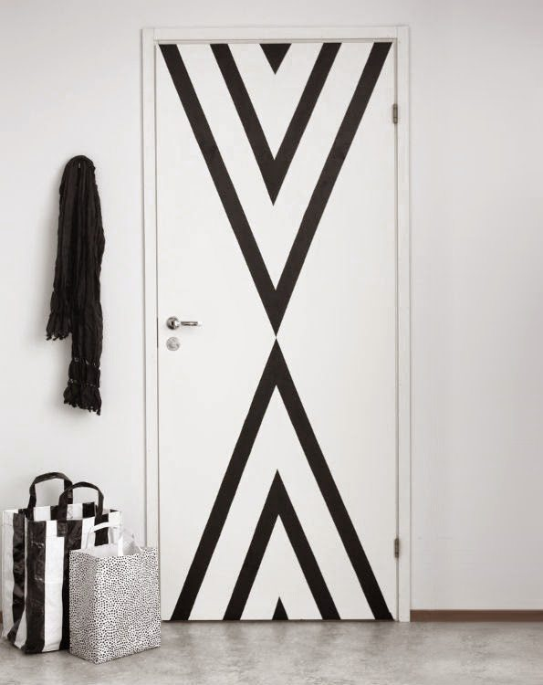 DIY Washi Tape Door via @cydconverse