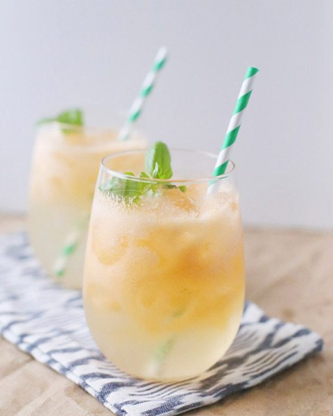 Melon Basil White Wine Spritzer from @cydconverse