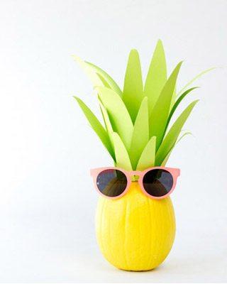 10 Festive DIY Pineapple Party Ideas thumbnail