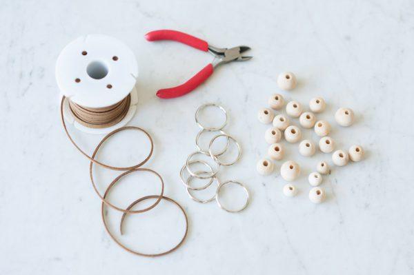 DIY Wooden Bead Keychain by @cydconverse