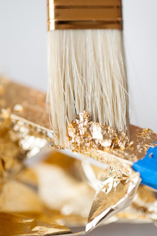 diy gold leaf frame the sweetest occasion. Black Bedroom Furniture Sets. Home Design Ideas