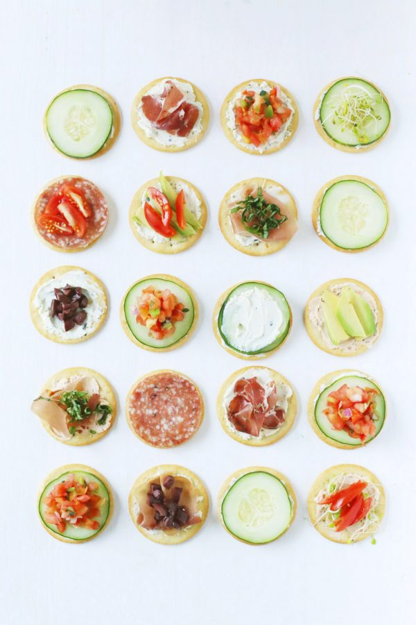 3 Quick + Delicious Football Party Snacks by @cydconverse
