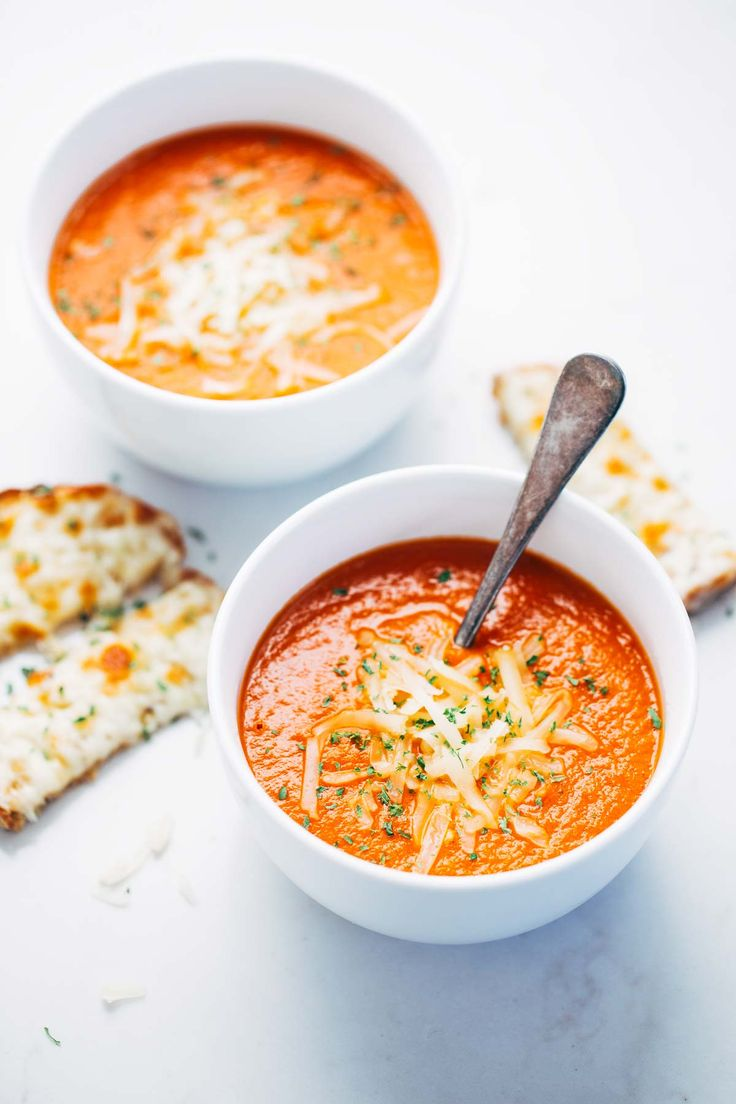 Simple Homemade Tomato Soup from Pinch of Yum .]