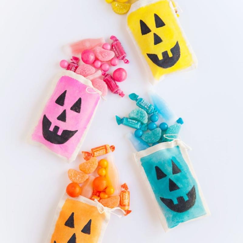 DIY Colorful Jack O'Lantern Treat Bags